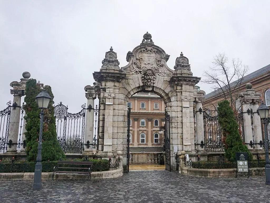 Eingang zum königlichen Palast