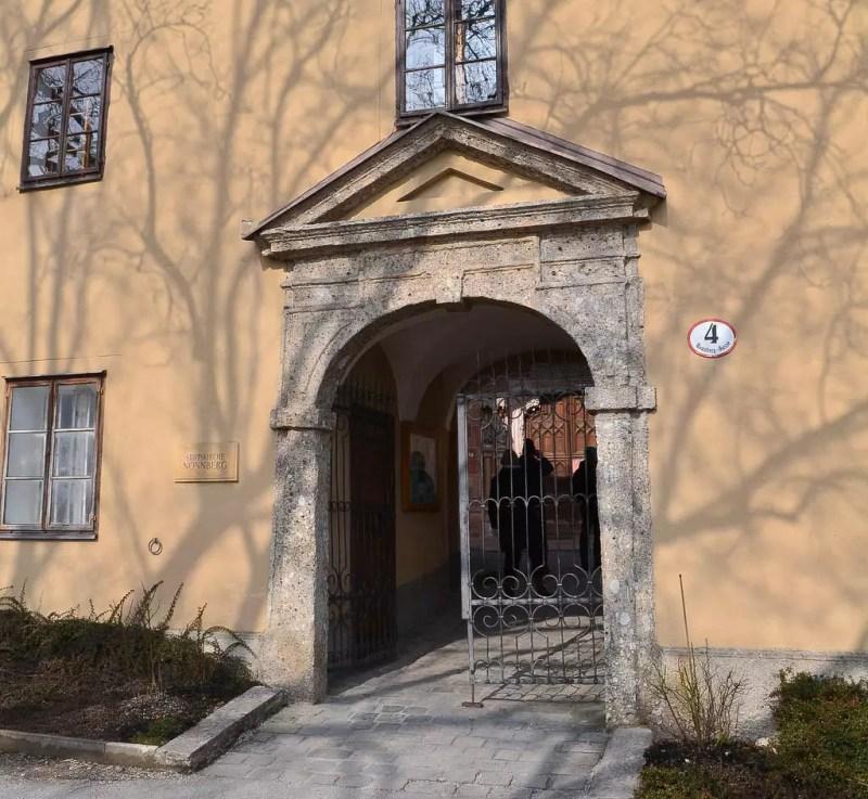 Eingang zum Stift Nonnberg