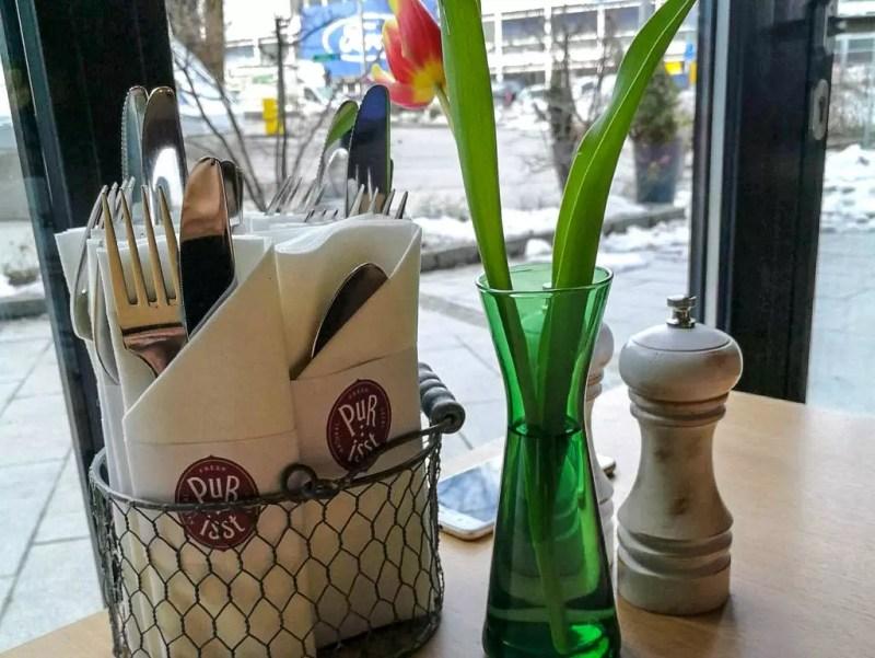 Tischdekoration im Pur:isst