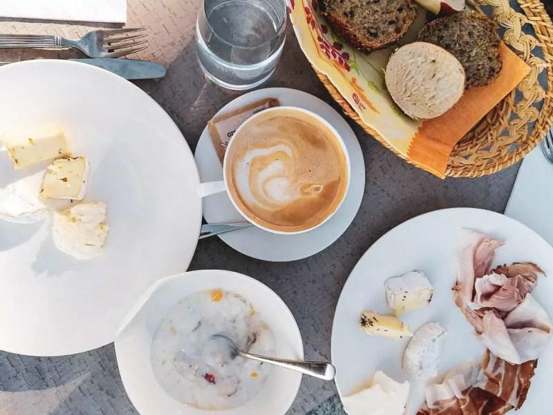 Frühstück im Pazeider