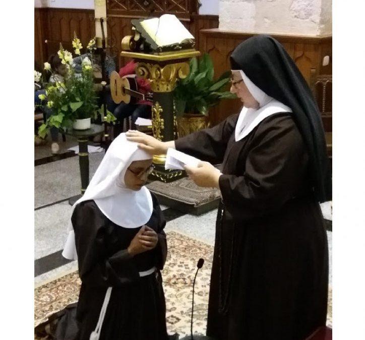 Clarisas de Villarrobledo. Encuesta a Sor Juana Mª en el día de su profesión religiosa.