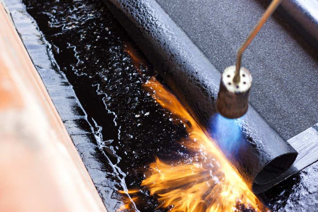torch-on-calgary-flat-roofing-repair-claw-roofing