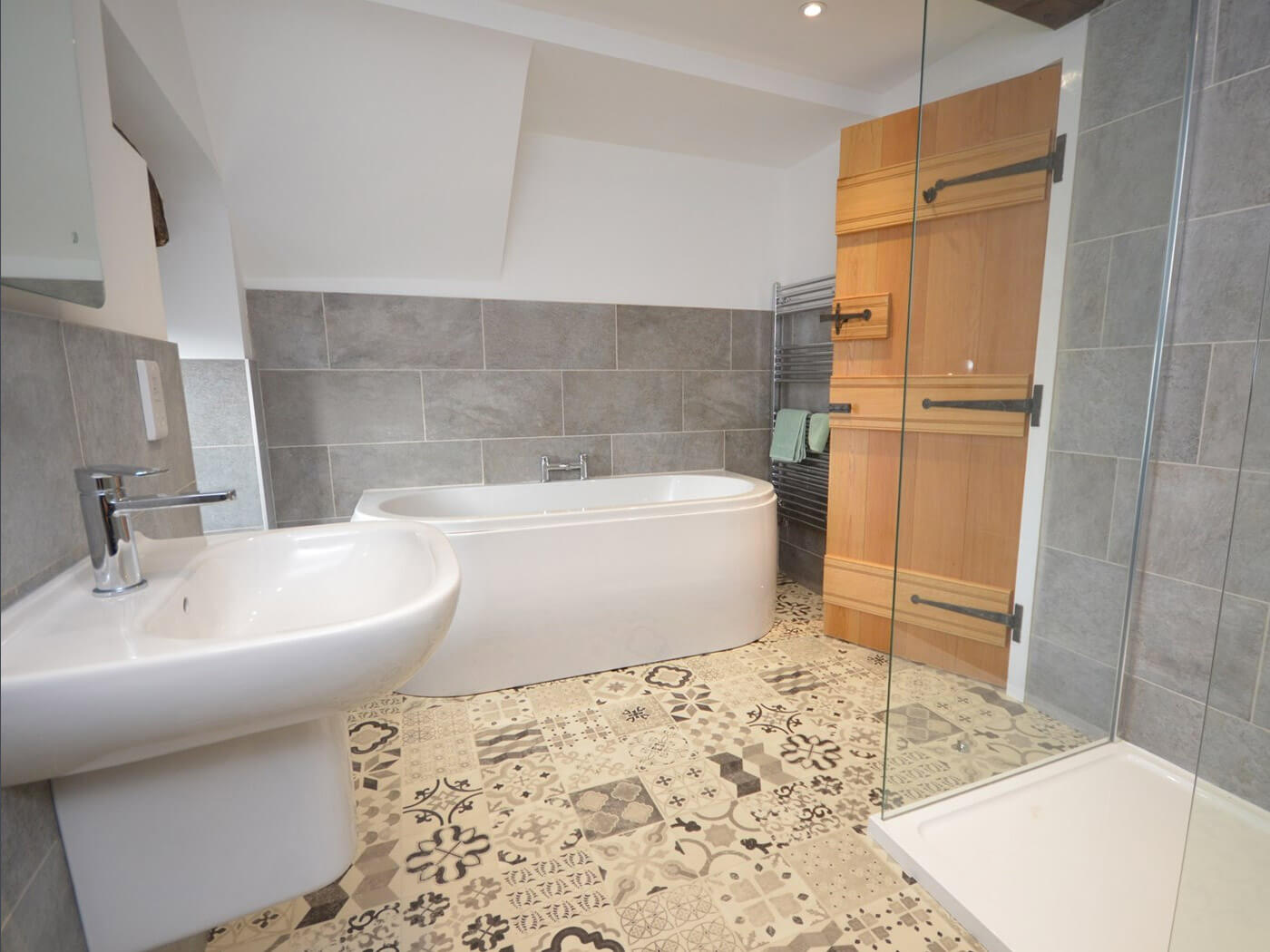 Quarzi Bathroom Tiles