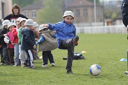 .. ainsi que le football avec le CSS Stiring ...