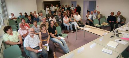 Les participants à la seconde Assemblée Générale de l'ACS Loisirs et Vacances, en Juin 2009