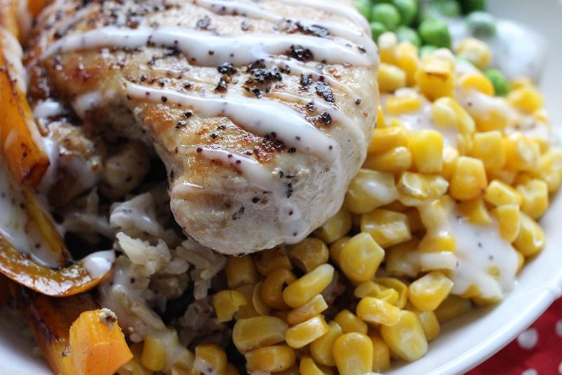 Gluten free rainbow chicken veggie bowl!