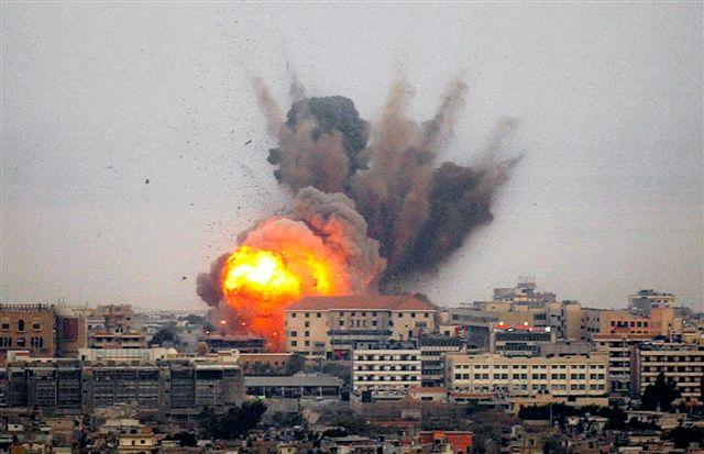 https://i2.wp.com/www.cleancutmedia.com/wp-content/uploads/2009/01/israel-palestinian-gaza-strip.jpg