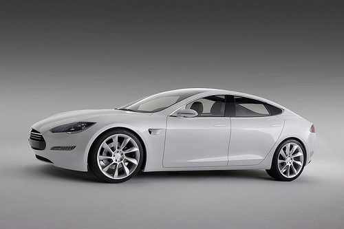 Tesla's Progress with Model S and 300-Mile Electric Car Range