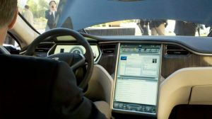 Tesla S 17-inch Screen