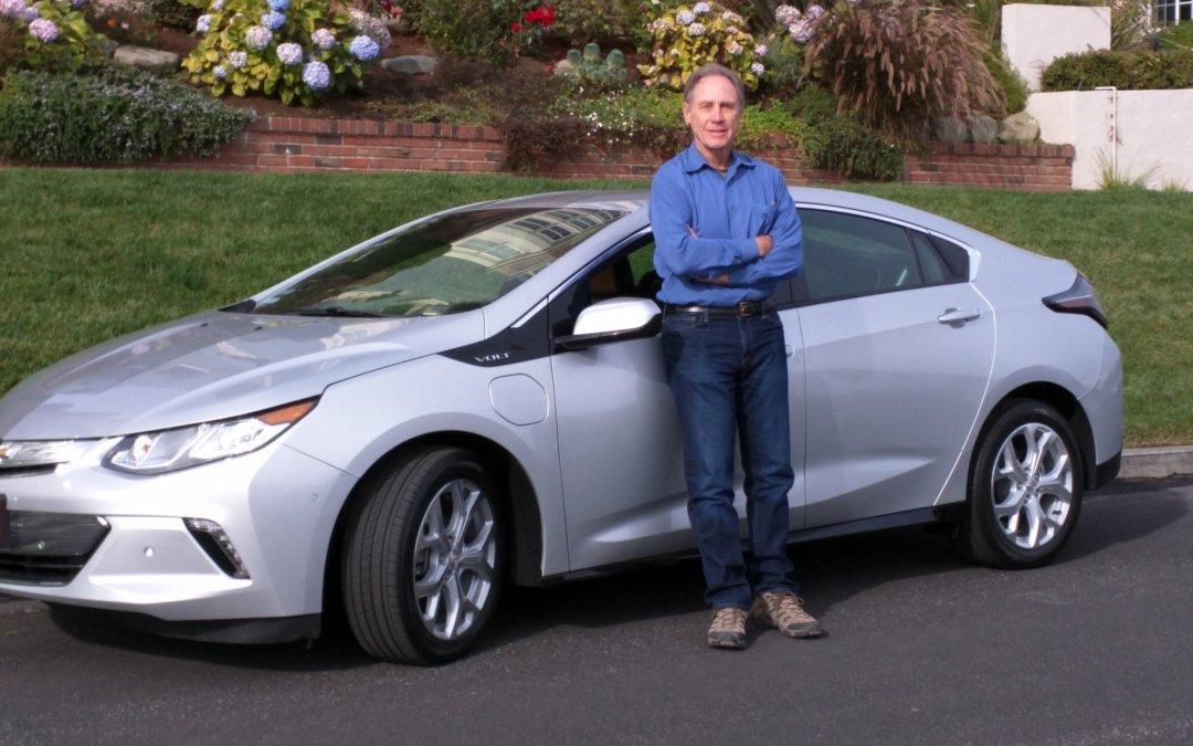 2016 Chevrolet Volt Replaces Nissan Leaf