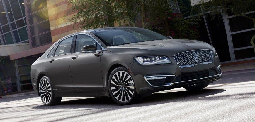 2017,Lincoln,MKZ,Hybrid