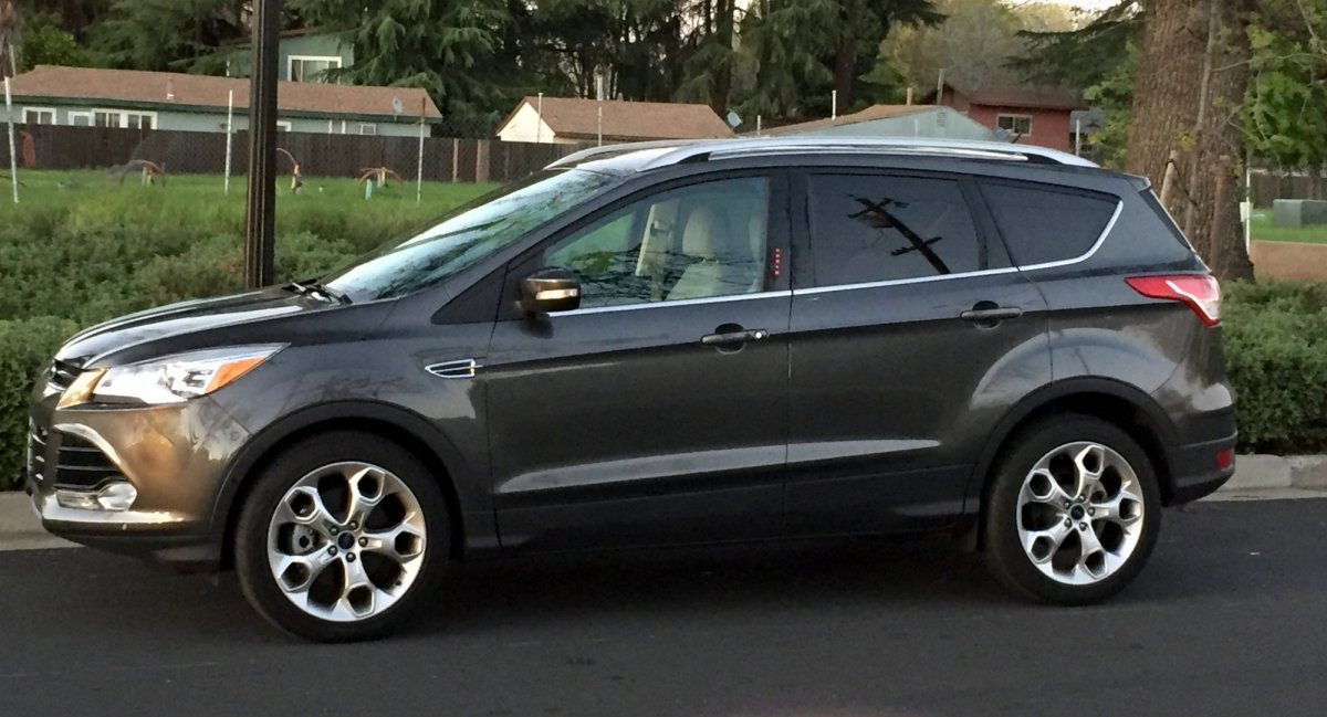 2016 Ford,Escape 4WD,Paltinum,mpg