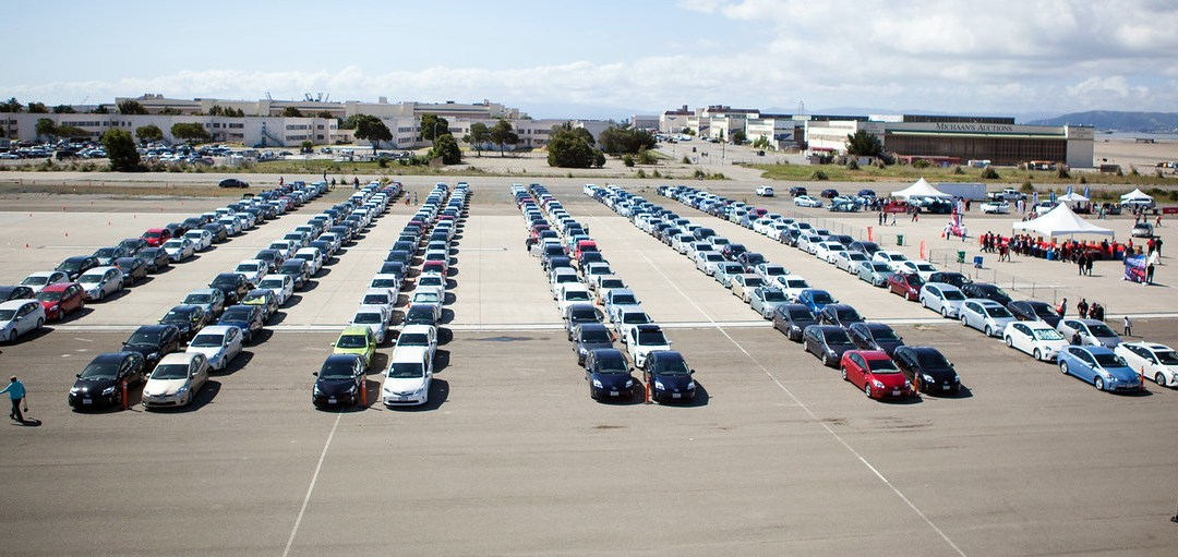 News: Prius Parade Sets Guinness Record