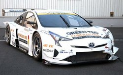 Toyota Prius racing,green motorsports,hybrid,technology