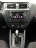 2016, Volkswagen Jetta 1.4T,infotainment system,mpg