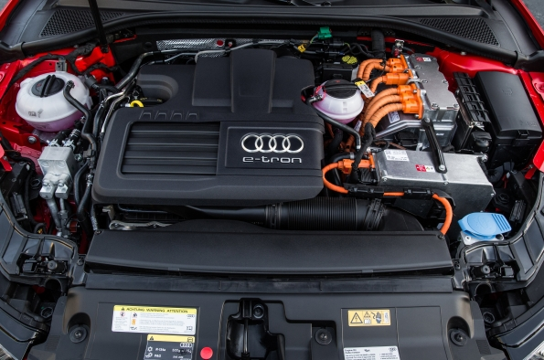2016 Audi A3 e-tron Sportback, engine