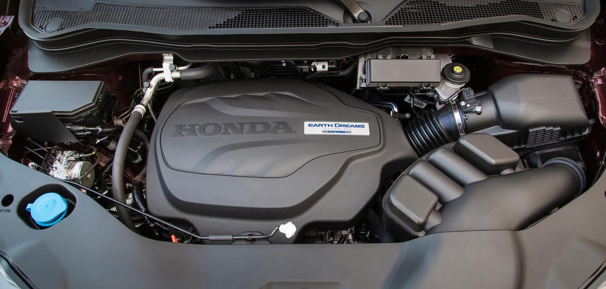 2017 Honda Ridgeline, engine