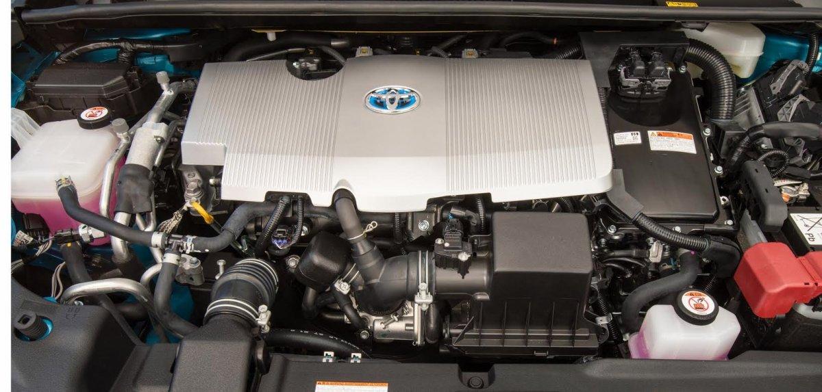 2017 Toyota Prius Prime, engine
