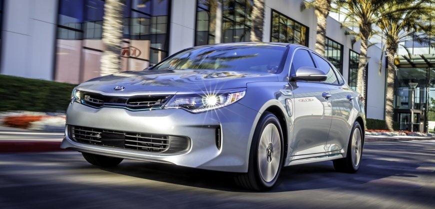 road test 2017 kia optima plug in hybrid clean fleet report. Black Bedroom Furniture Sets. Home Design Ideas