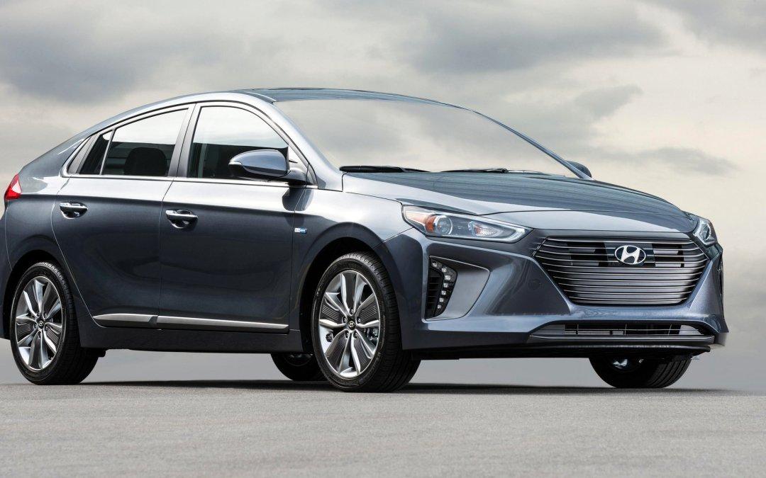 Road Test: 2017 Hyundai Ioniq Hybrid SEL