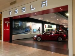 Tesla Shopping