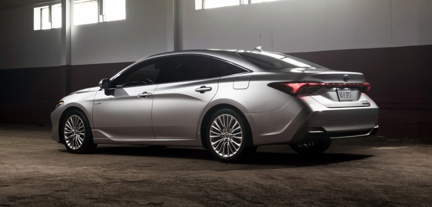 Toyota Company Latest Models >> News: The 2019 Toyota Avalon Hybrid Introduced | Clean Fleet Report