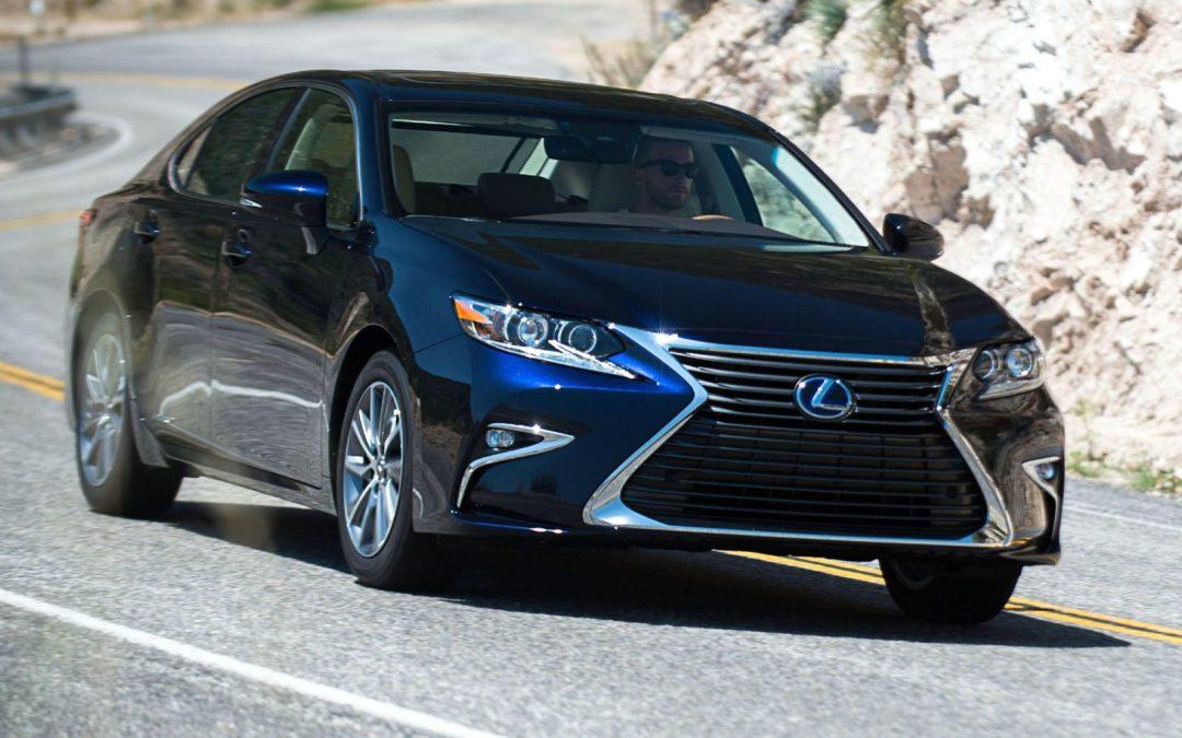 Road Test: 2017 Lexus ES 300h