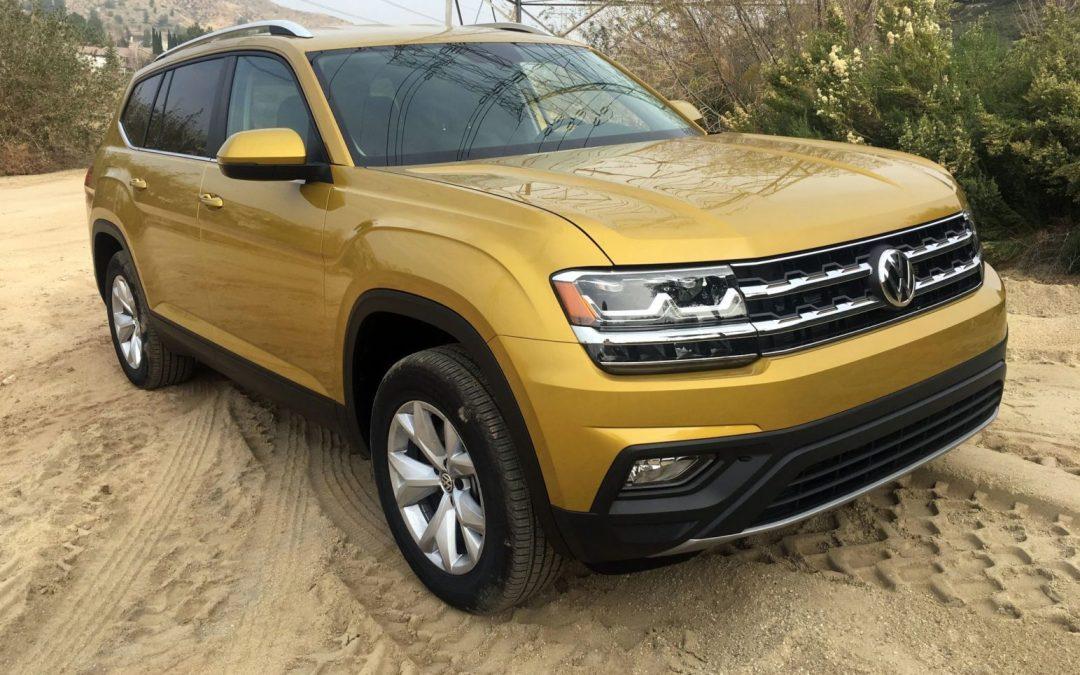 Comparison Test: 2018 Volkswagen Atlas V6 SEL Premium 4Motion vs. Atlas 2.0T SE