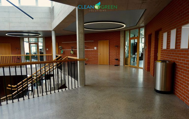 Vancouver commercial floor cleaning