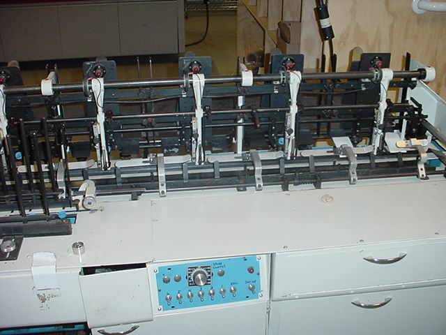Bell and Howell Imperial 10000 Inserter with Conveyor Used