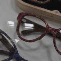 WooDone, kleurrijke Italiaanse brillen van hout