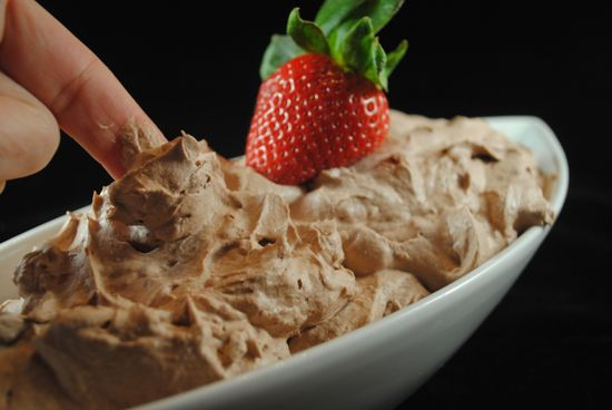 Chocolate-Whipped-Cream-Dairy-Free