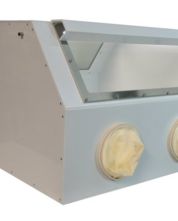 Back-to-Back Glovebox-2 by Cleatech
