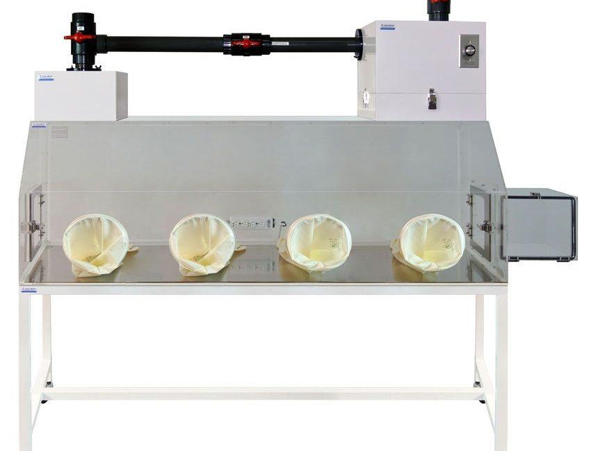 2400-4M_Glovebox_PVC