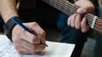 Théorie guitare musique solfège harmonie gamme accords tonalité