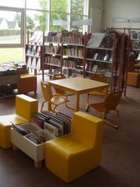 Bibliotheque du centre socio culturel de la ville de Clermont de l'Oise