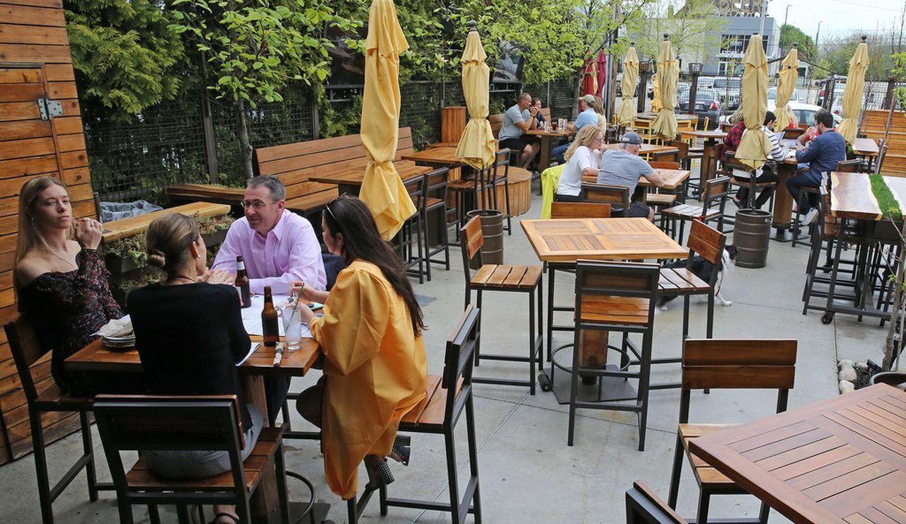 northeast ohio bars restaurants file