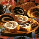 Bejgli karácsonyra / Nut and poppy seed rolls for Christmas