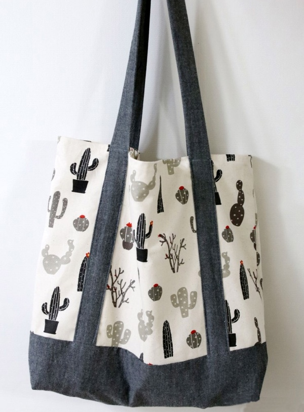 This tote bag is easy to make and looks super classy!