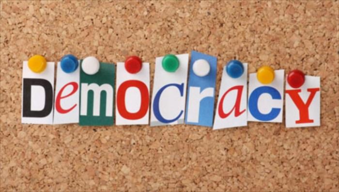 Δημοκρατία: είναι οικονομικά βιώσιμη;   clickatlife