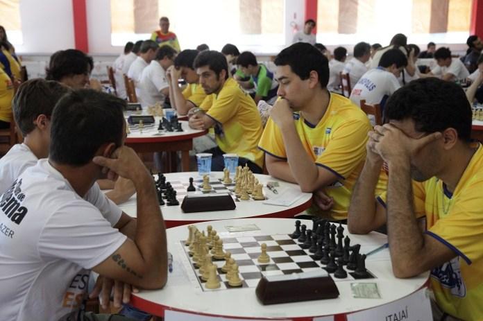 Itajaí sedia etapa do Catarinense de xadrez rápido