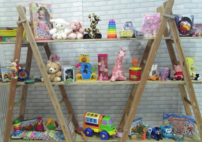 Loja de Brinquedos Vazia