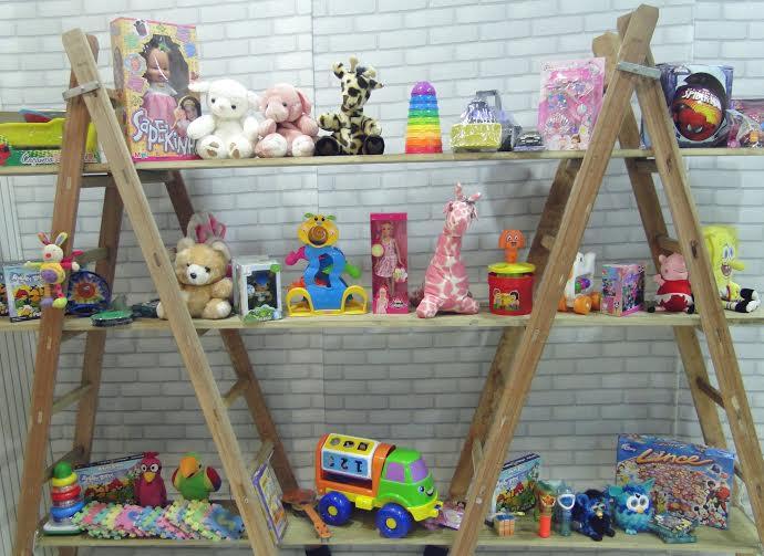 Loja-de-Brinquedos-Vazia