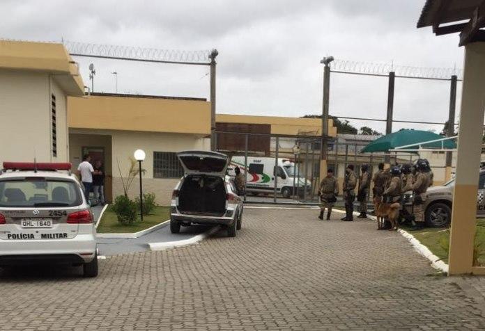 Policiais controlaram o princípio de rebelião e transferiram 21 presos para Criciúma.