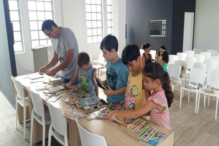 Biblioteca lança projeto Troca Troca de Gibis
