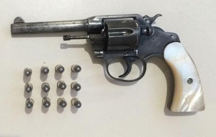 revolver calibre 32