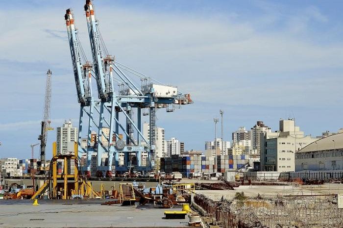 Ministro dos Transportes garante a liberação de R 23 milhões para as obras dos berços 03 e 04 no Porto de Itajaí