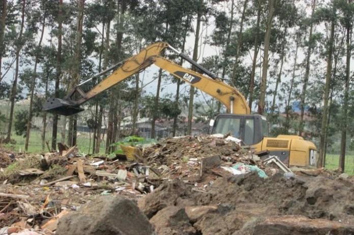 Secretaria de Obras intensifica limpeza de ribeirões
