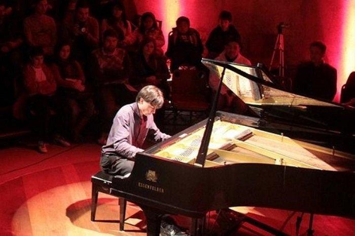 """Teatro Municipal recebe o concerto """"Rock ao Piano"""""""