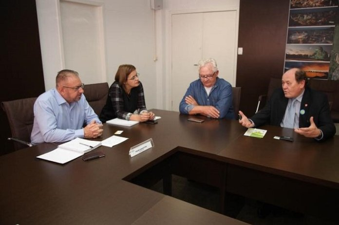Prefeito recebe presidente do Observatório Social do Brasil